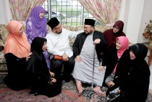 polygamy  5