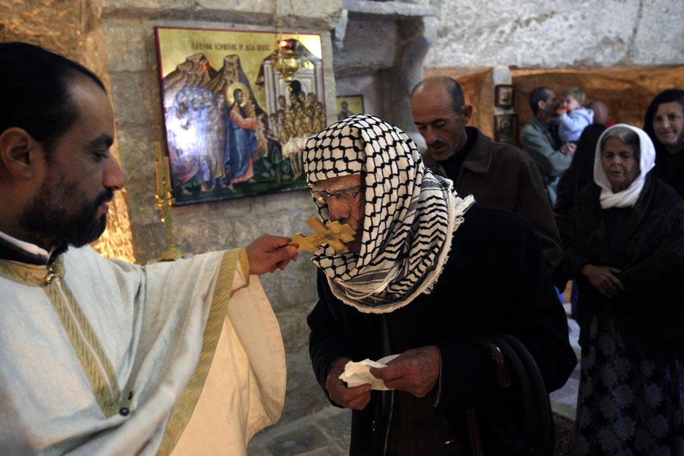 نوار غزه - مسیحیان فلسطینی AP Photo/Mohammed Ballas