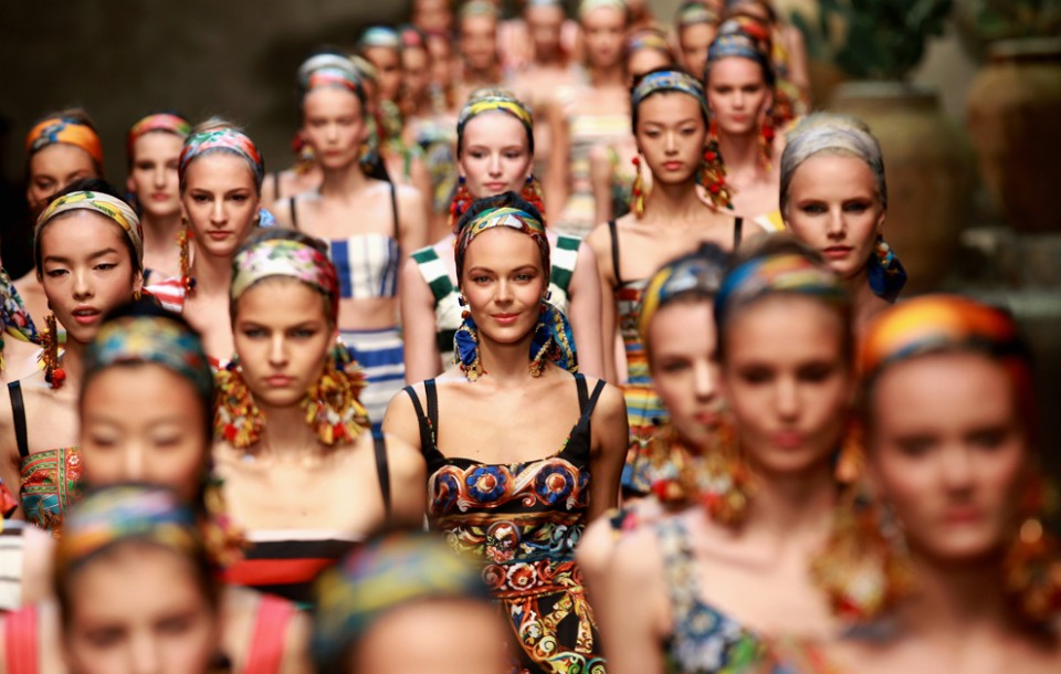 Models-walk-the-runway-at-the-Dolce-Gabbana-SpringSummer-2013-show-as-part-of-Milan-Womenswear-Fashion-Week-on-September-23-2012-in-Milan.-Vittorio-Zunino-CelottoGetty-Images-960x610