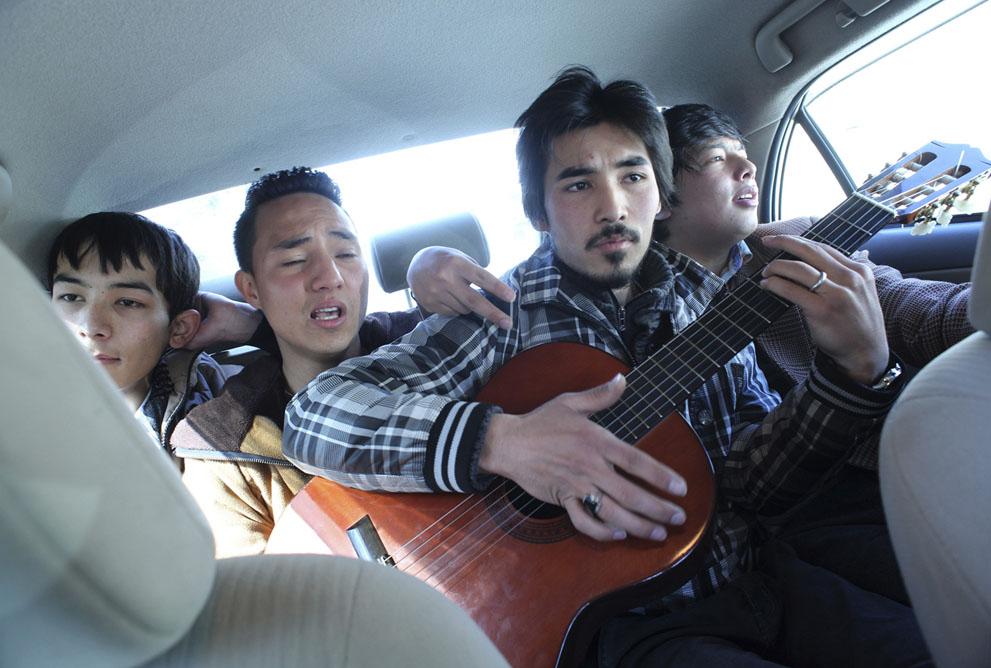 محمد هجران و ذبیح حسینی  خوانندگان گروه طنین بعد از ترک استودیو تلویزیونی