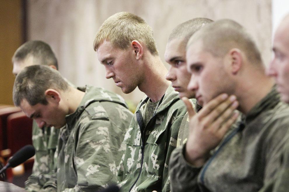 چتربازان روسی  اسیر شده توسط اوکرائینی ها