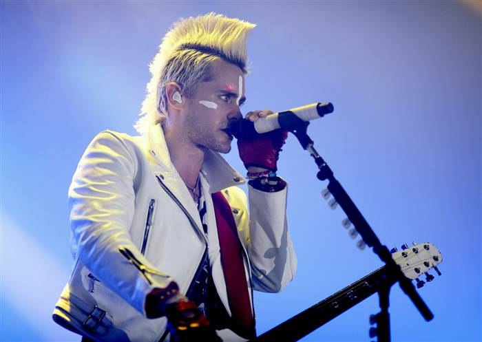 jared-leto-hair-today-150422-2010_2_77e9b9435918b6189cbfafd92ee7c195.today-inline-large