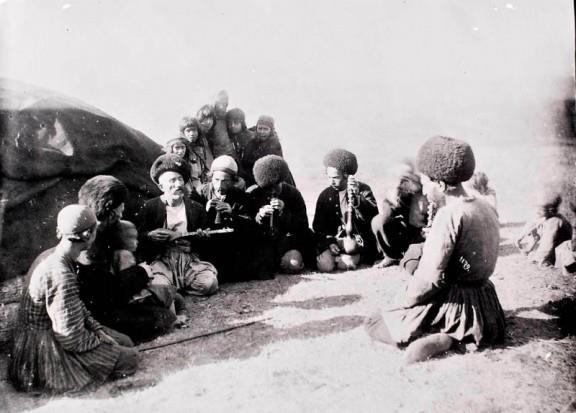 نوازندگان محلی ایران - انتوان سوروگین 1280 شمسی