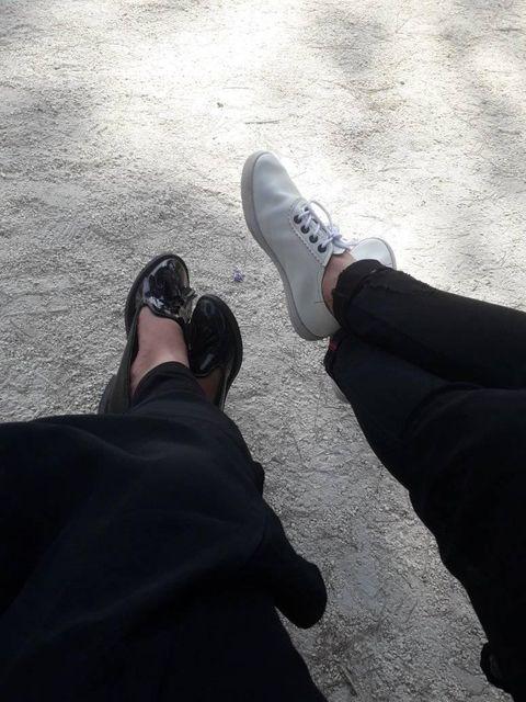 سلفی پا – دو دختر ایرانی